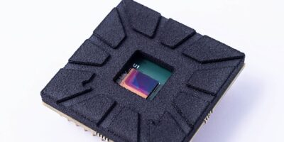 Monolithic thin-film image sensor boosts SWIR range