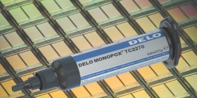 Adhesive bonds silicon die in rapid heat transfer applications
