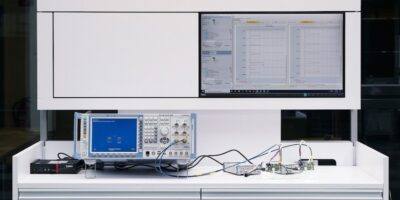 Wake up signal test improves power efficiency in NB-IoT devices