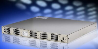 Bi-directional DC/DC converters support rechargeable batteries