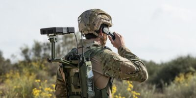 Portable tactical SatCom system weighs less than 1kg