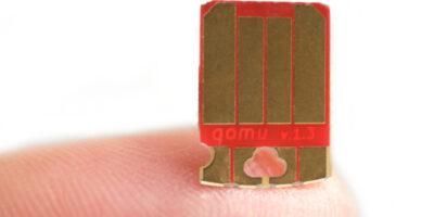 Development kit combines multi-core microcontroller with eFPGA